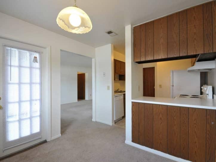 four worlds apartments - cincinnati, oh 45231