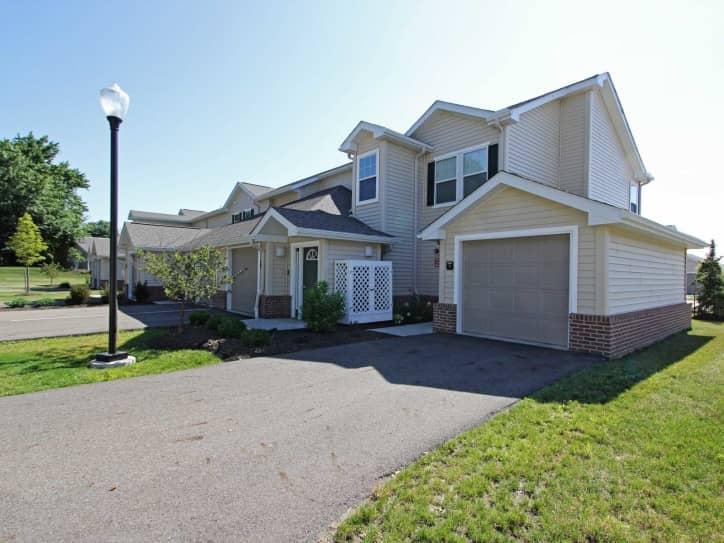 Sanctuary Grove Luxury Apartments Canton OH 44720