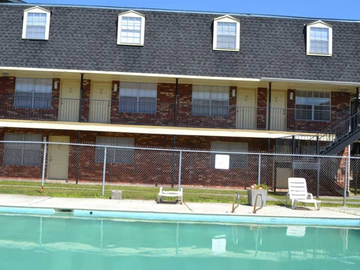 Carriage House Apartments New Orleans LA - Carriage house apartment
