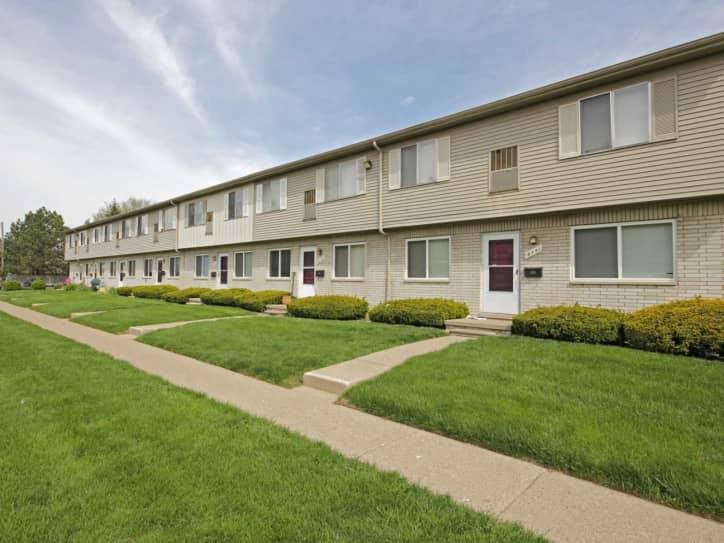Canton Gardens Apartments Canton MI 48187