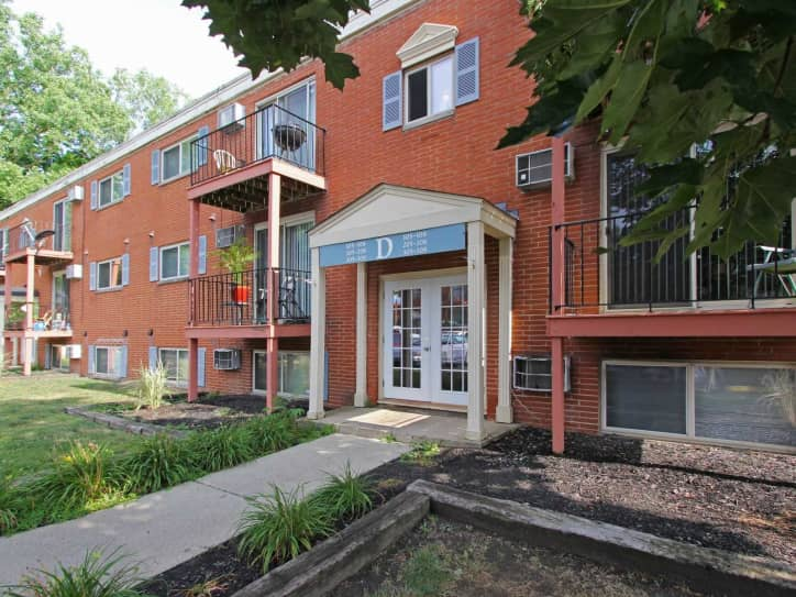 Carriage House Apartments Elyria OH - Carriage house apartment