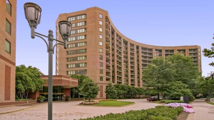 water park towers apartments - arlington, va 22202