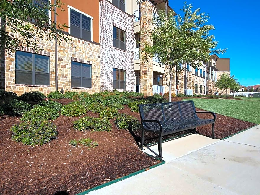 Urban Square Apartments Denton Tx 76210 Apartments For Rent