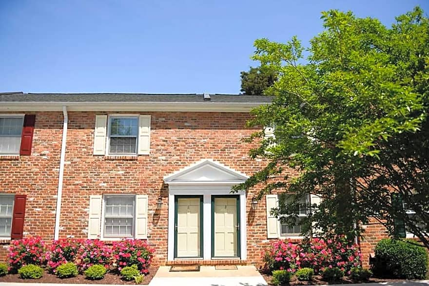 Barracks west townhomes apartments charlottesville va 22901 apartments for rent for One bedroom apartments in charlottesville va