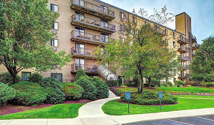 Bayberry Hill Estates Apartments Framingham Ma 01702 Apartments For Rent