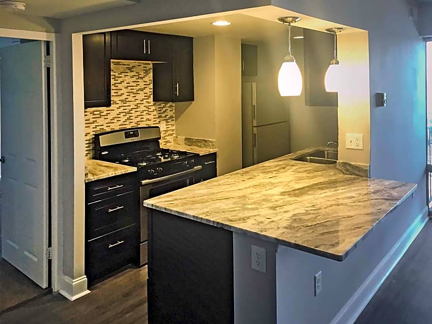 Blair tower at lennox midtown apartments memphis tn 38105 apartments for rent for 2 bedroom east memphis apartments