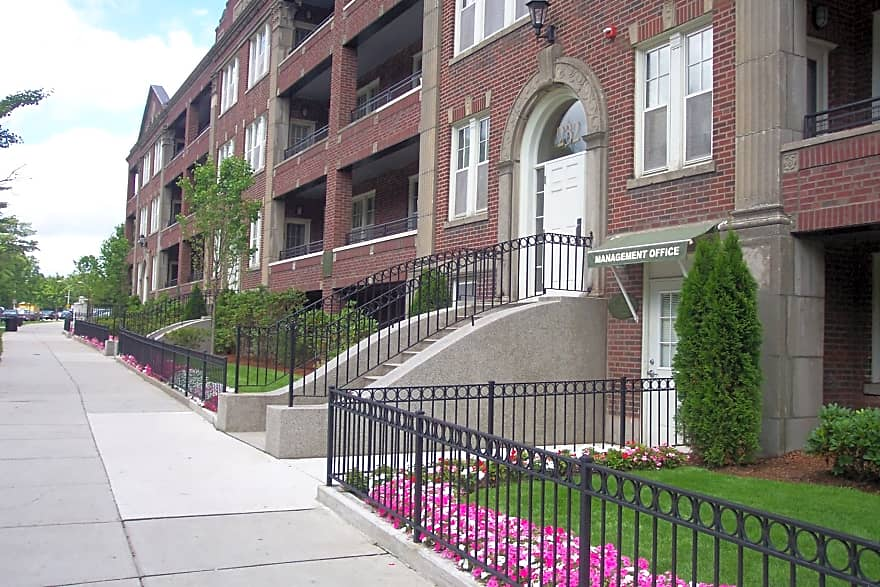 Nazing Court Apartments Dorchester Ma 02121 Apartments For Rent