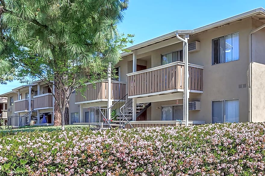 Five Coves Apartment Homes Apartments Anaheim Ca 92806 Apartments For Rent
