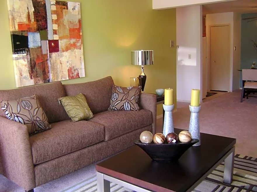 The Ponds Of Naperville Apartments Naperville Il 60565 Apartments For Rent