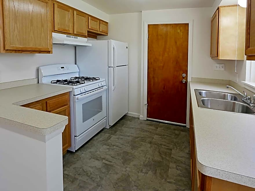 Downing Apartments - Buffalo, NY 14220