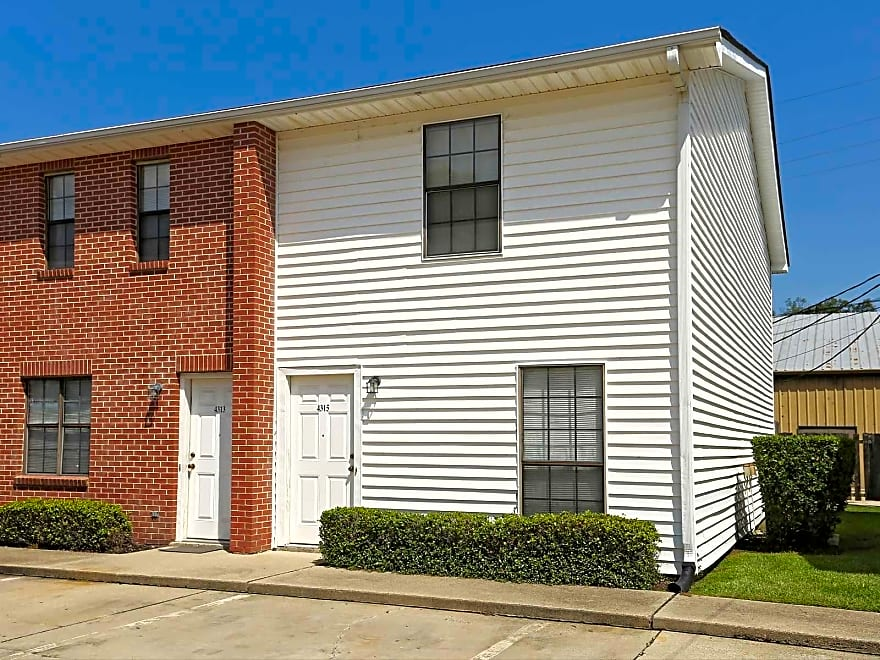The Seasons Apartments Monroe La 71203 Apartments For Rent