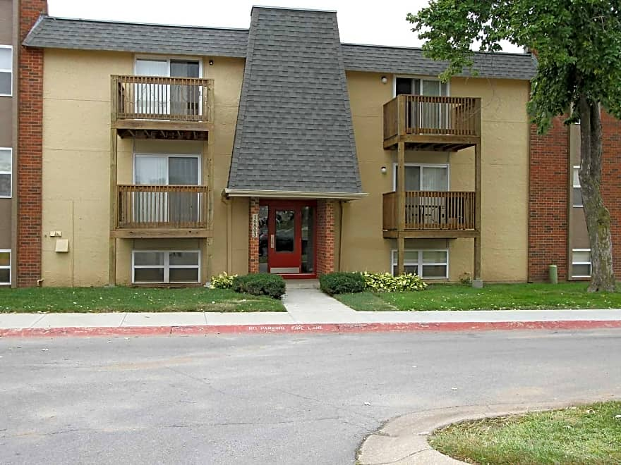 Summerset Apartments - Independence, MO 64055 | Apartments ...