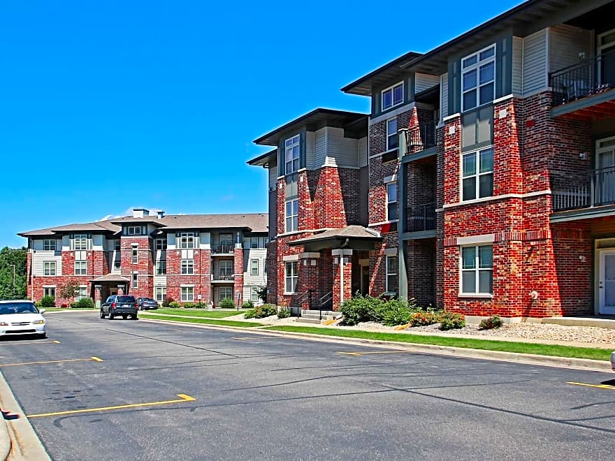 AutumnCreek Apartments - Madison, WI 53704 | Apartments ...