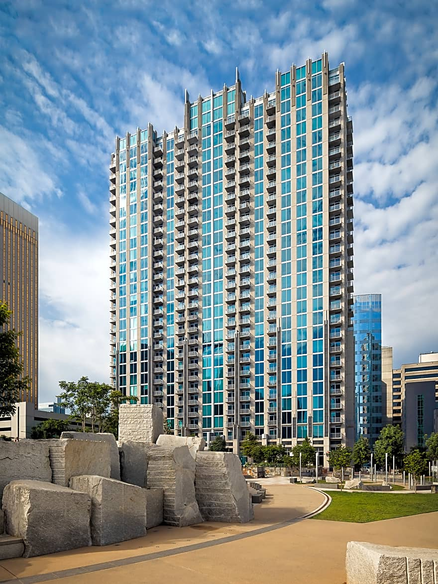 Catalyst Apartments - Charlotte, NC 28202 | Apartments for ...