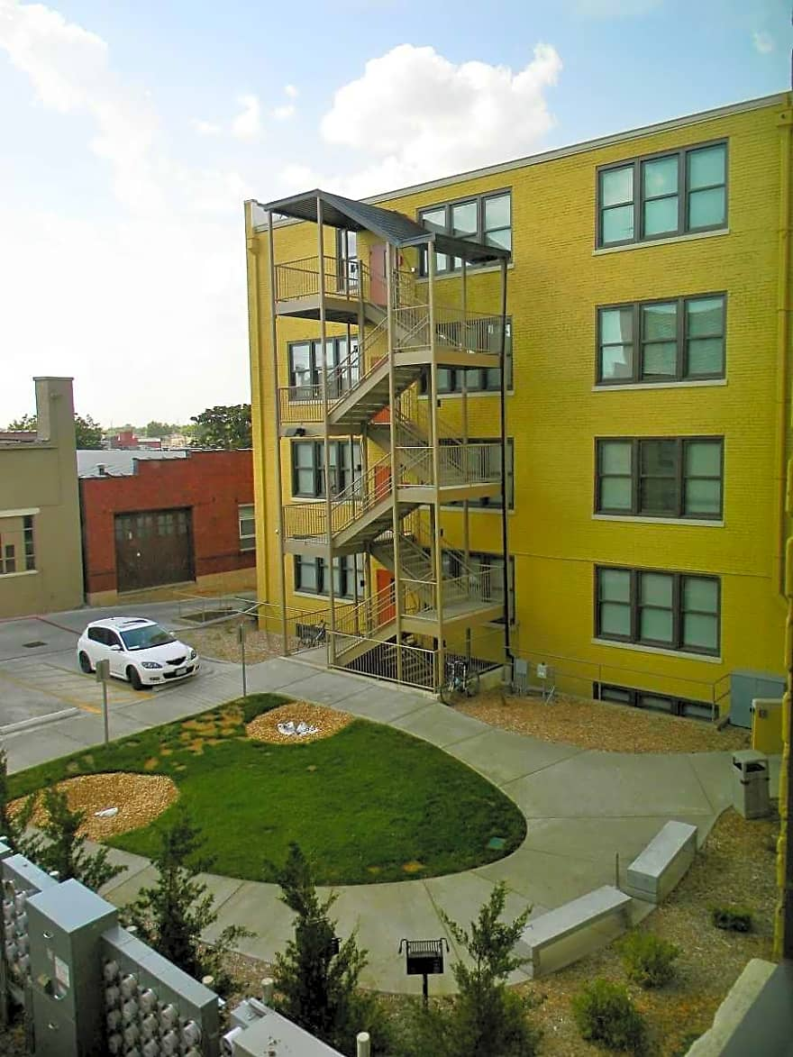 frisco lofts apartments springfield mo 65806