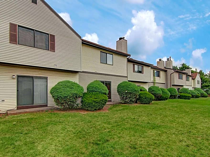 Chesterfield Townhomes Apartments Edison NJ 08817 Apartments For Rent