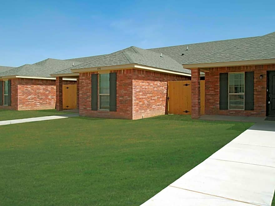 The Townhomes On Mirror Apartments Amarillo Tx 79118 Apartments For Rent