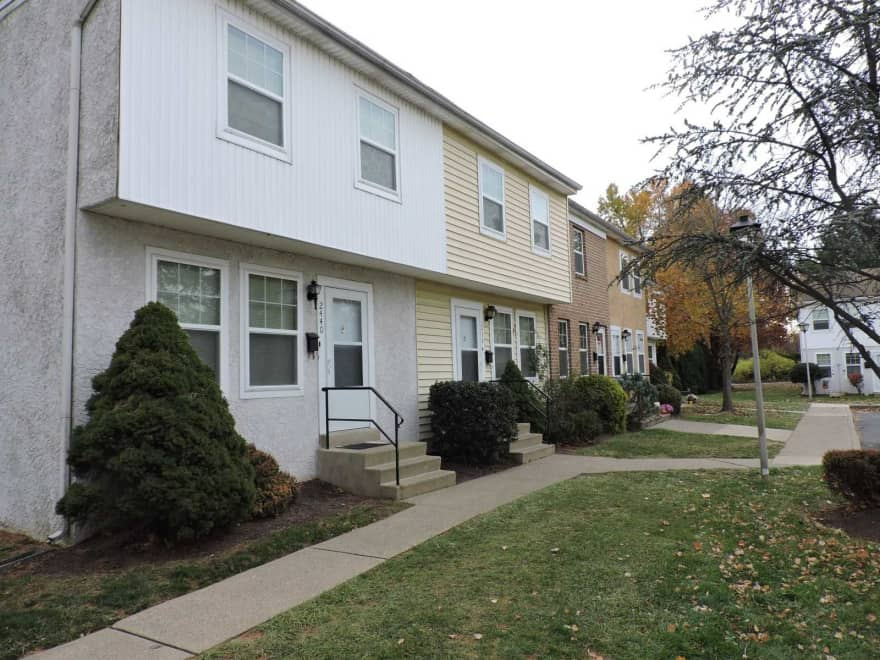Spring Garden Townhouses Apartments Bethlehem Pa 18017 Apartments For Rent