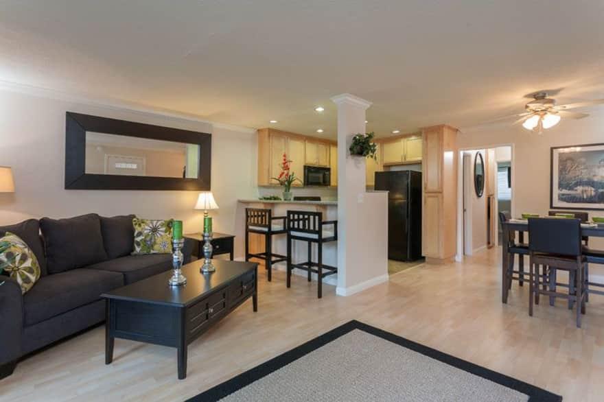 Summer Crest Apartments Anaheim Ca 92804 Apartments For Rent