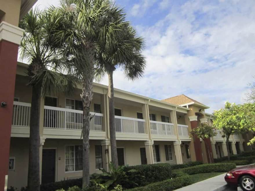 Furnished Studio Fort Lauderdale Tamarac Apartments Tamarac Fl 33309 Apartments For Rent