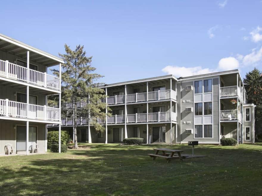 Fairway Apartments New Britain Ct 06053 Apartments For Rent