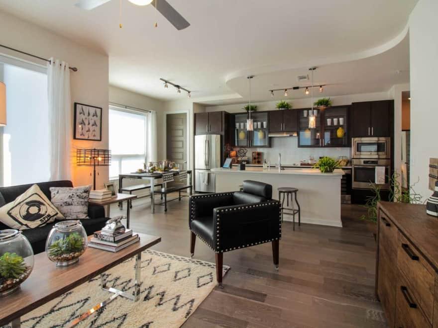 Elan Heights Apartments - Houston, TX 77009 | Apartments ...