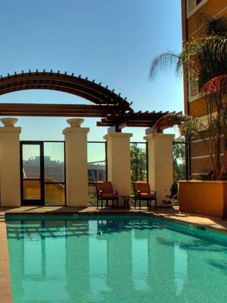 Avalon Fashion Valley Apartments San Diego Ca 92108