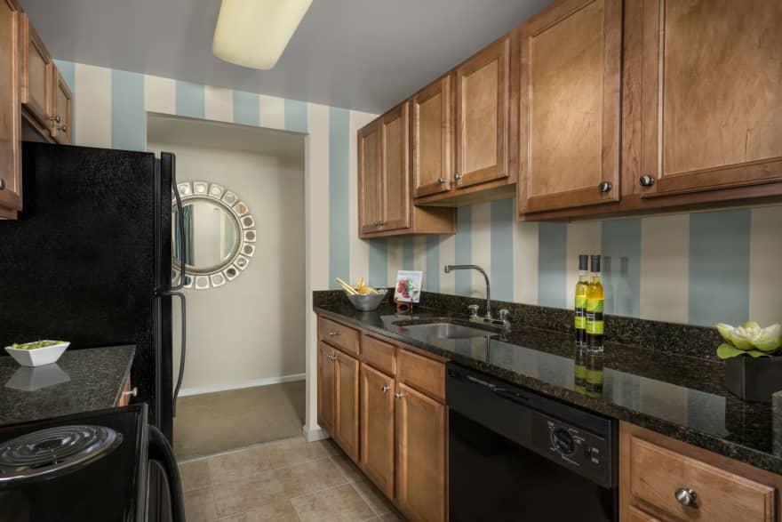Colvin Woods Apartments Reston Va 20190 Apartments For Rent