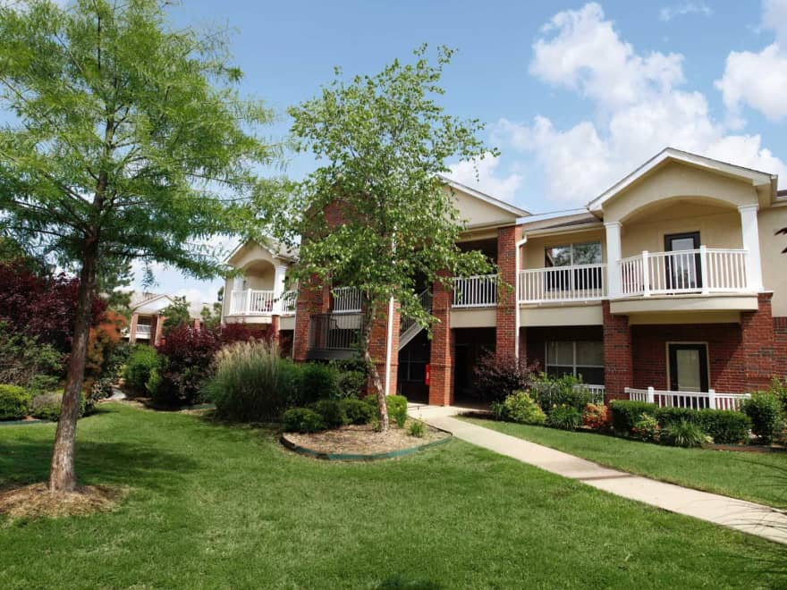 The Cliffs Ii Apartments Fayetteville Ar 72701 Apartments For Rent
