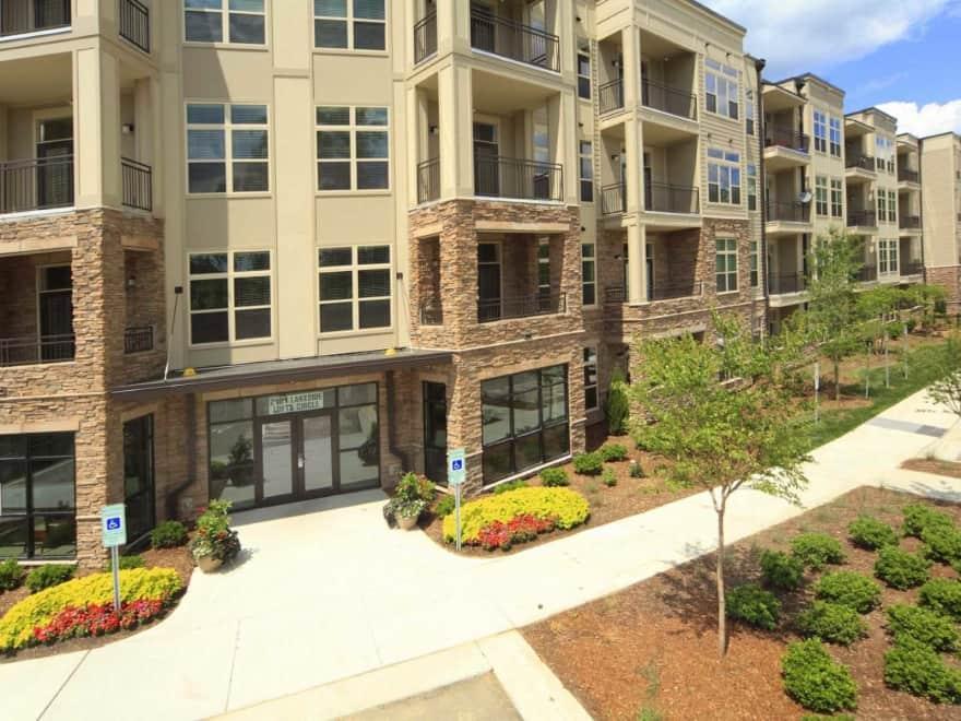 Lofts At Weston Lakeside Apartments Cary Nc