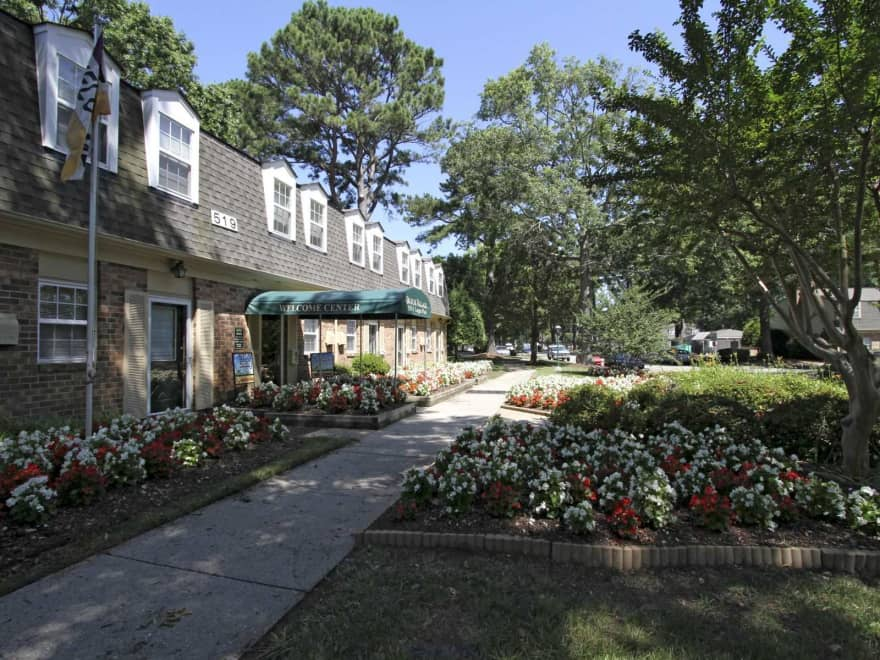 Christopher Crossing Apartments Newport News Va 23601 Apartments For Rent