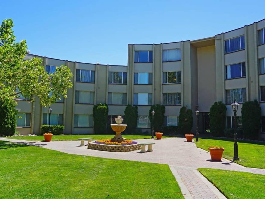 Regency Park Apartments Reno