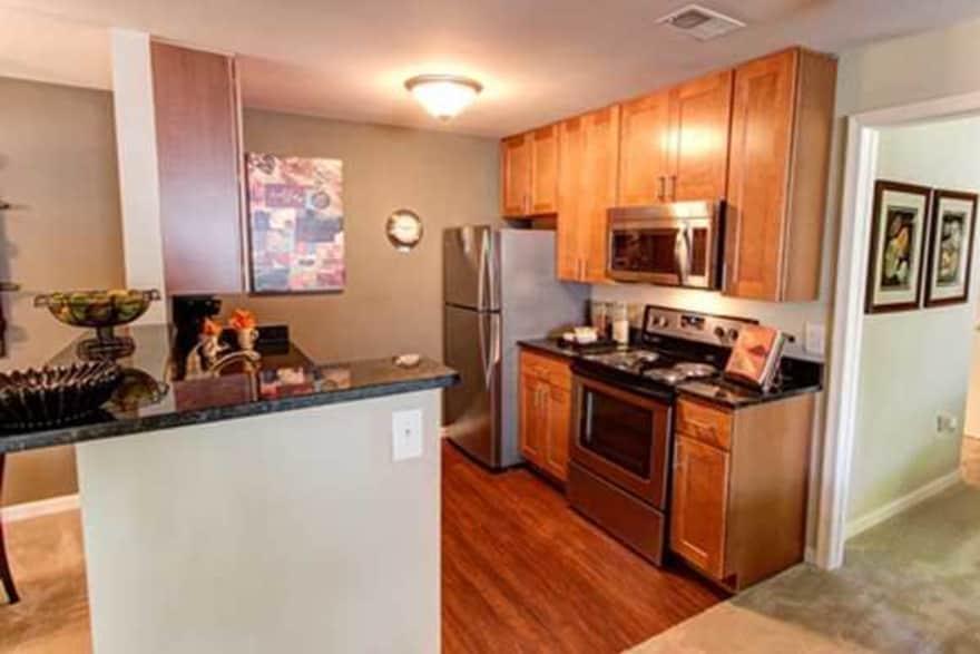 The Elms At Oakton Apartments Fairfax Va 22030 Apartments For Rent