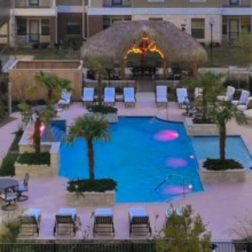 Creekside vue apartments new braunfels tx 78130 for Creekside vue