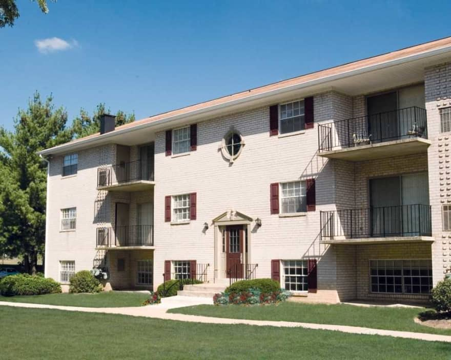 Dunhill Village Apartments