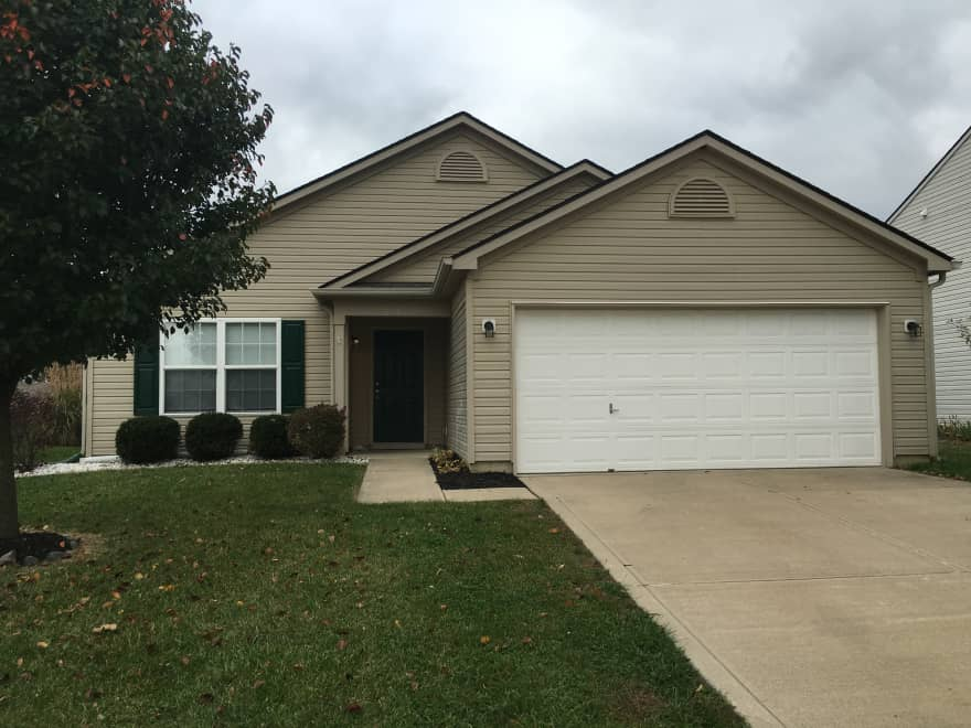 4 Bedroom Ranch In Greenwood Apartments Greenwood In 46143 Apartments For Rent