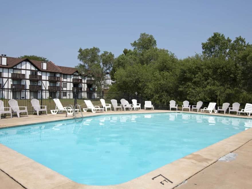 Southlake Village Apartments Wichita Ks