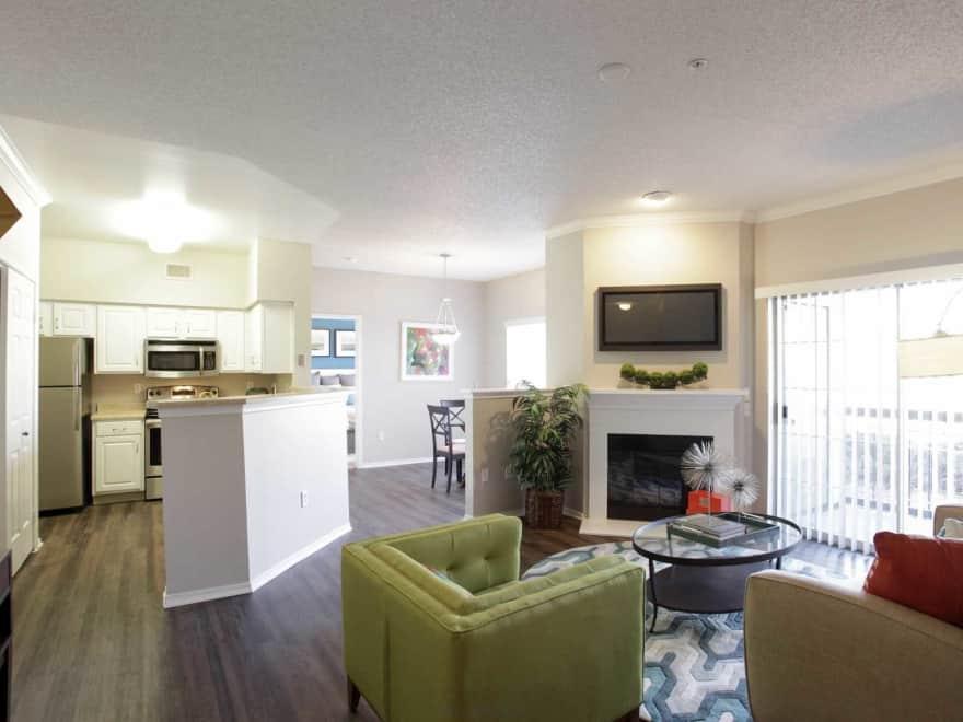 Fairways At Raccoon Creek Apartments Littleton Co 80123 Apartments For Rent