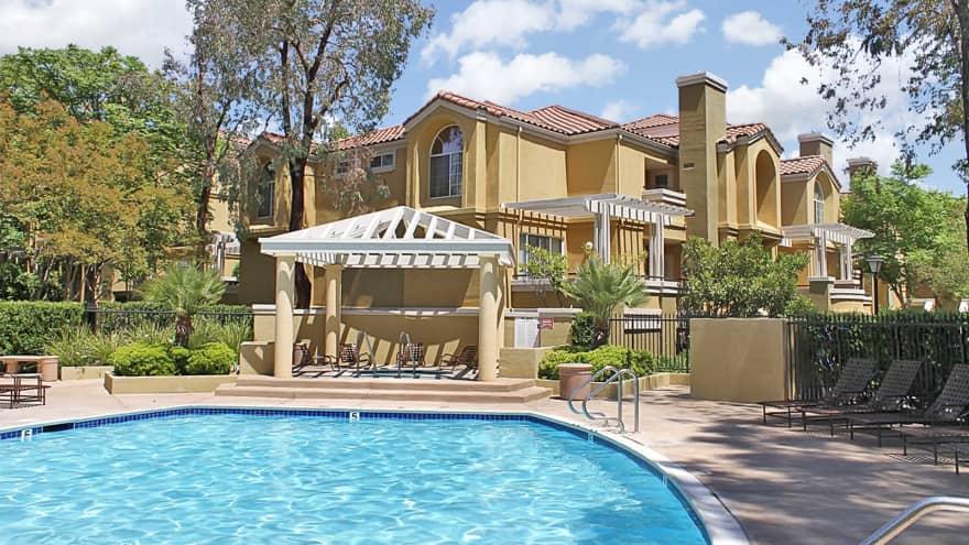Portofino Apartments - Valencia, CA 91355 | Apartments for ...