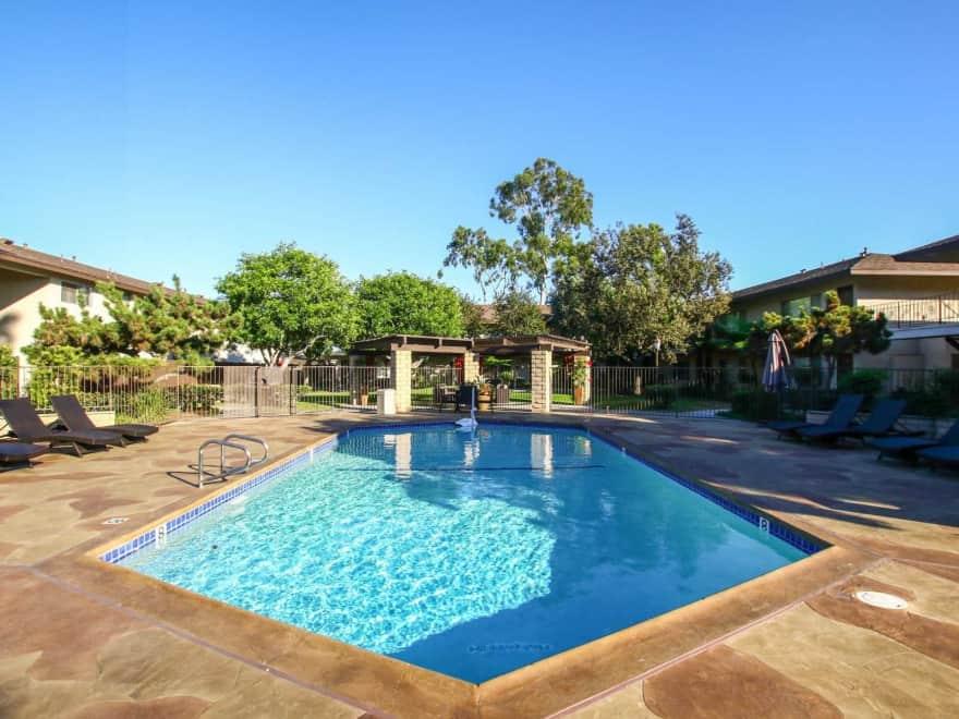 La Madera Apartments Garden Grove Ca 92841 Apartments For Rent