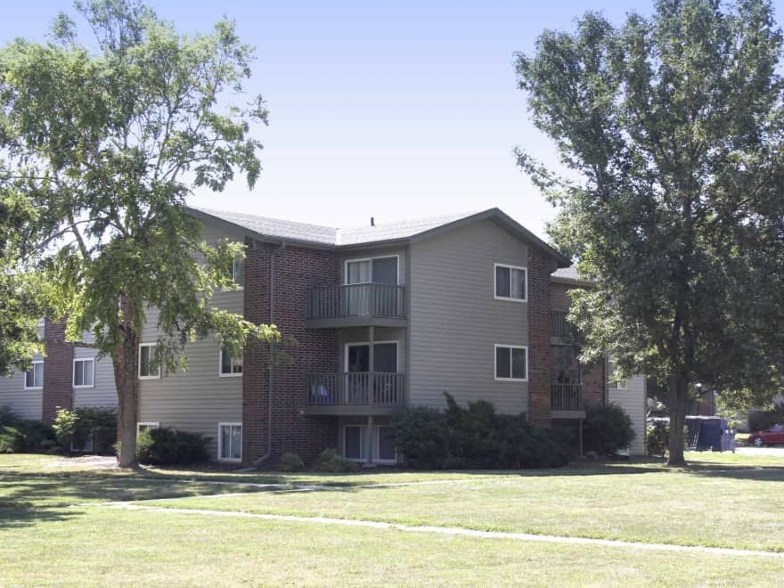The Lodge Apartments Lincoln Ne 68516 Apartments For Rent