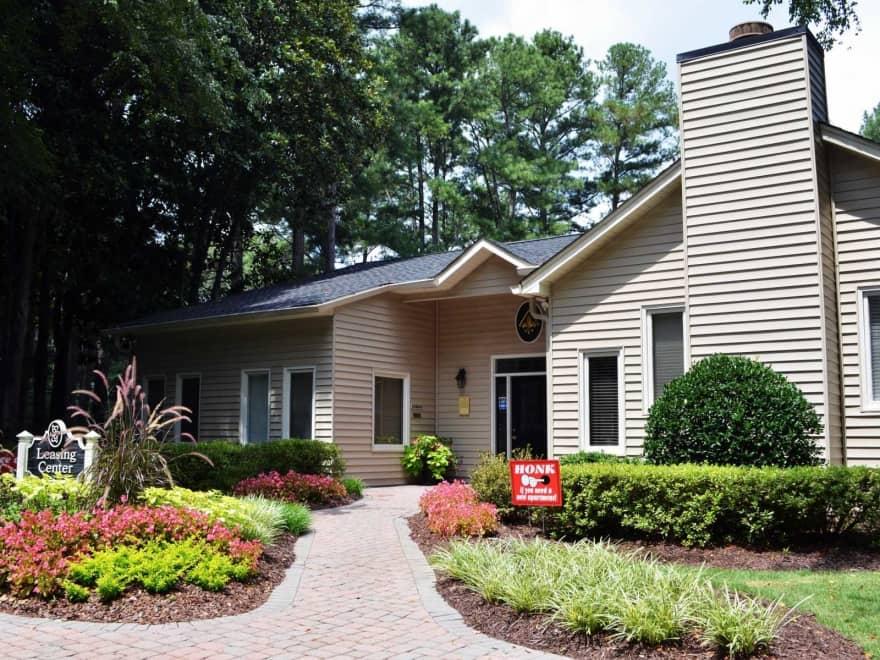 Azalea park apartments sandy springs ga 30350 - 2 bedroom apartments sandy springs ga ...