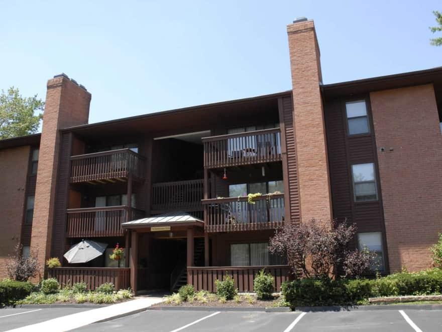Chesterfield village apartments chesterfield mo 63017 apartments for rent for 2 bedroom apartments in chesterfield va