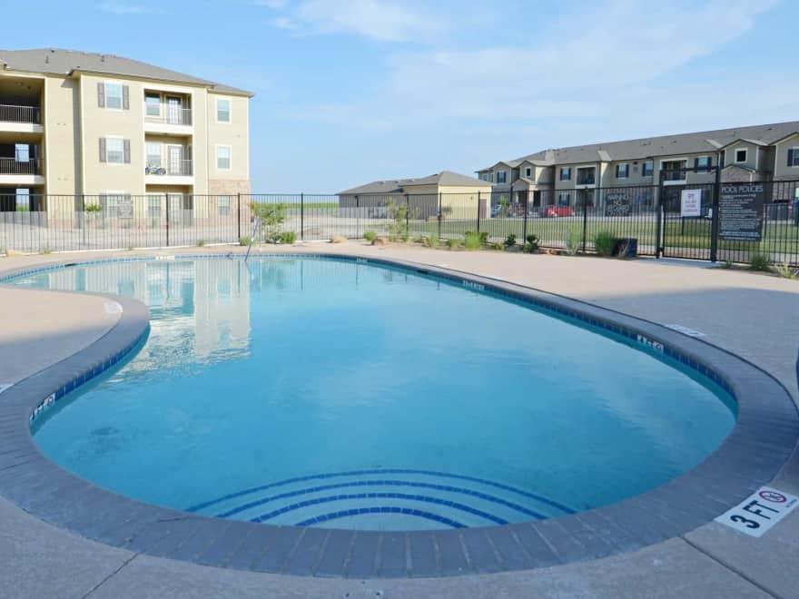Stonebridge of Plainview Apartments - Plainview, TX 79072