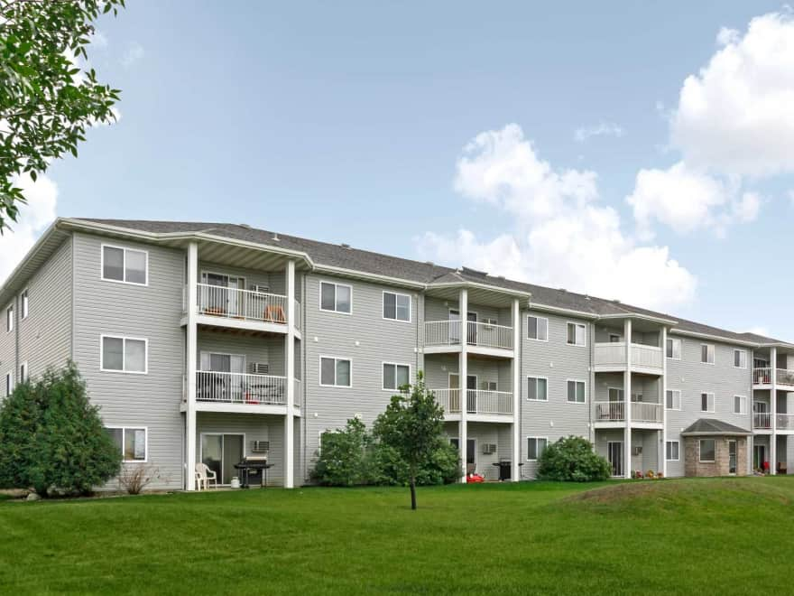 The Woods Apartments Fargo Nd 58103 Apartments For Rent