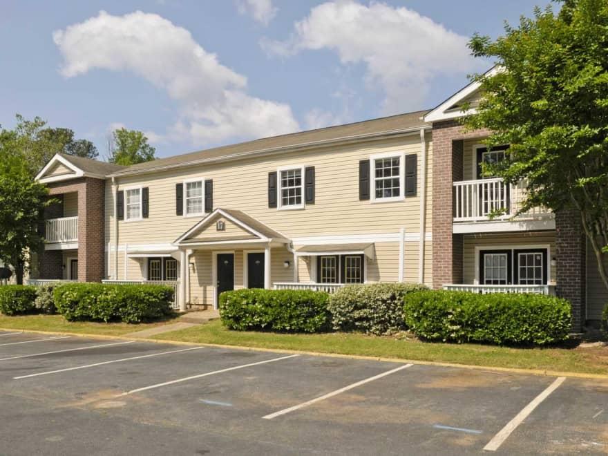 Mountain Crest Apartments Stone Mountain Ga 30083 Apartments For Rent