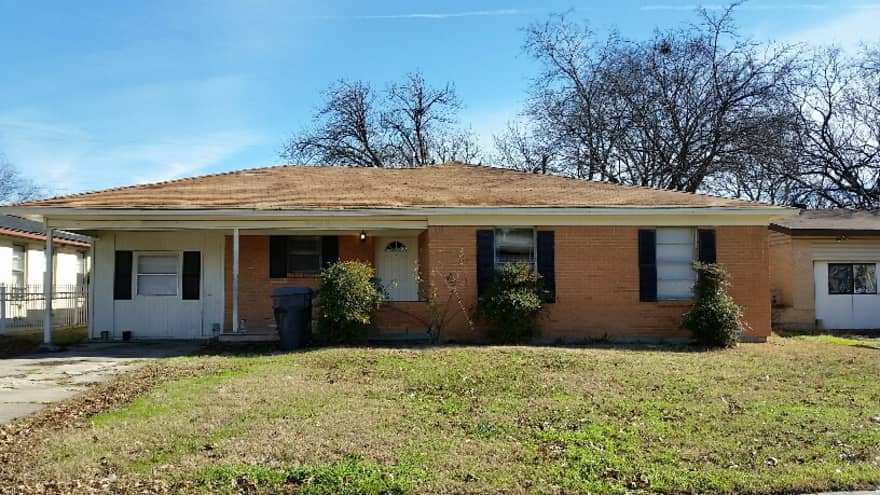 3 Bedroom 1 5 Bath Brick Home In Pleasant Grove Apartments Dallas TX 7521
