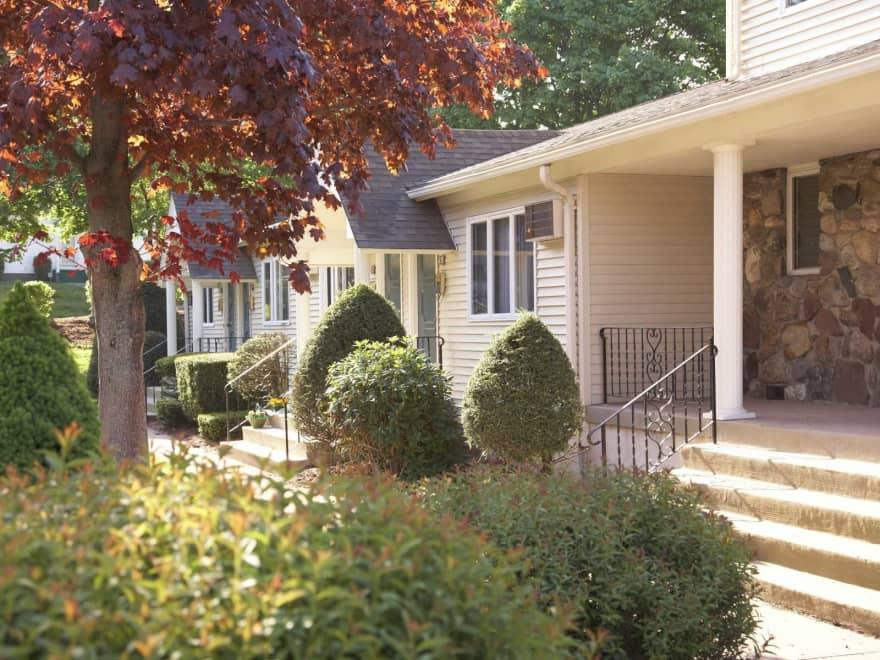Santini Villa Apartments - Vernon, CT 06066 | Apartments ...