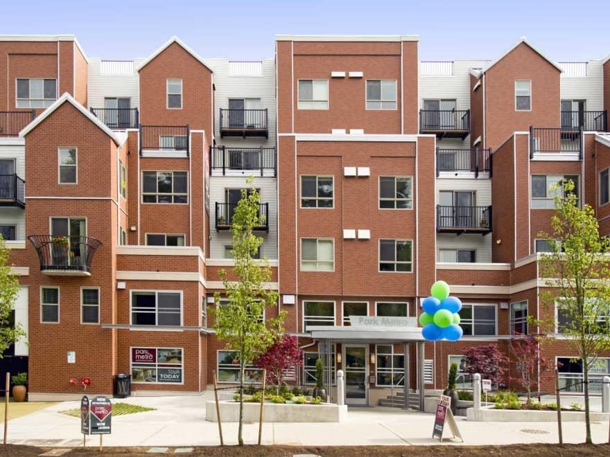 Park Metro Apartments Bellevue Wa 98004 Apartments For Rent