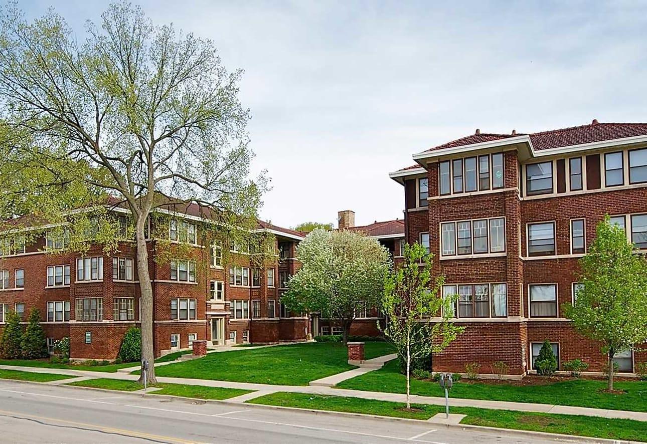 Oak Park Apartments